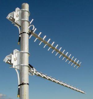dual-16dbi-MIMO-4G-LTE-1800-mhz-yagi-antennas-3 - TV Antenna